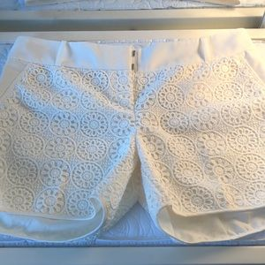 The Limited cream pattern tailored short